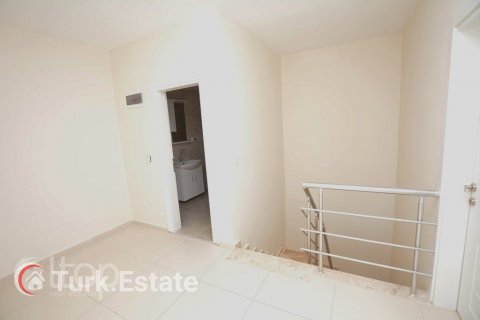 5+1 Penthouse in Alanya, Turkey No. 499 - 14