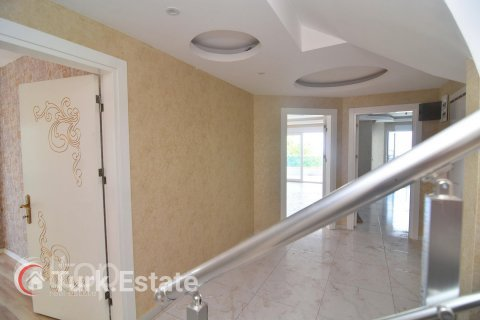 5+1 Penthouse in Alanya, Turkey No. 643 - 26
