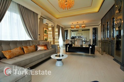 4+1 Penthouse in Alanya, Turkey No. 548 - 1