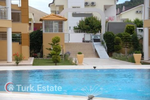 2+1 Apartment in Kemer, Turkey No. 1170 - 4