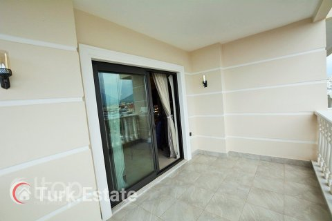 4+1 Penthouse in Alanya, Turkey No. 548 - 14