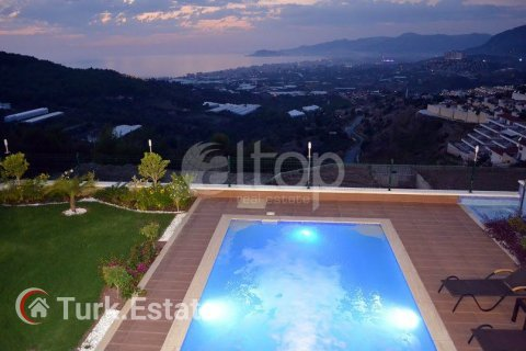 Apartment for sale in Alanya, Antalya, Turkey, 4 bedrooms, 240m2, No. 1056 – photo 20