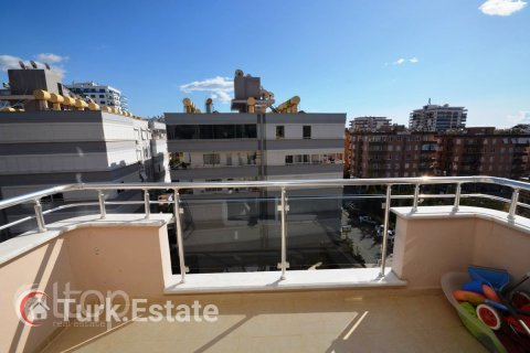 2+1 Apartment in Mahmutlar, Turkey No. 182 - 24