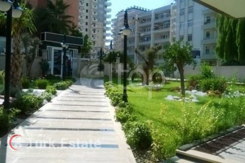 1+1 Apartment in Mahmutlar, Turkey No. 993 - 7