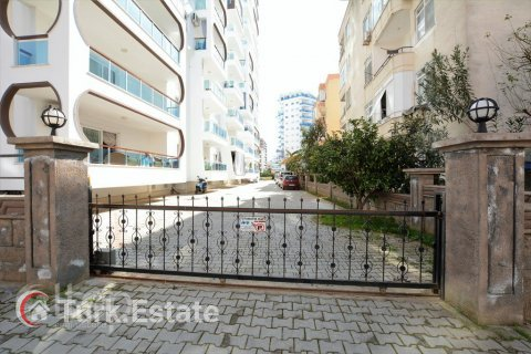 2+1 Apartment in Mahmutlar, Turkey No. 761 - 8