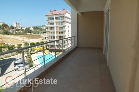 2+1 Apartment in Avsallar, Turkey No. 670 - 15
