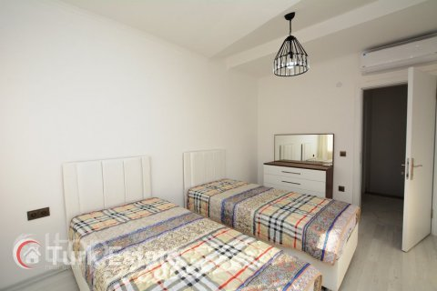 2+1 Apartment in Alanya, Turkey No. 379 - 10