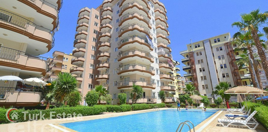 2+1 Apartment in Mahmutlar, Turkey No. 372