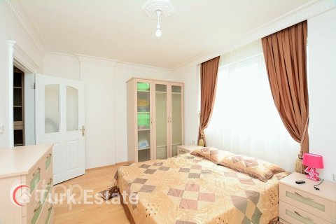 2+1 Apartment in Alanya, Turkey No. 677 - 13