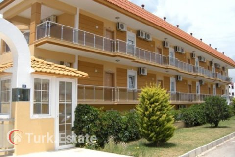 2+1 Apartment in Kemer, Turkey No. 1170 - 3