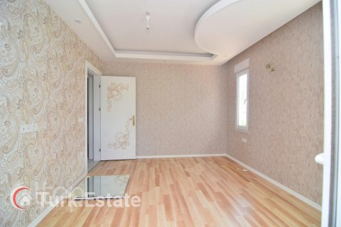 5+1 Penthouse in Alanya, Turkey No. 643 - 24