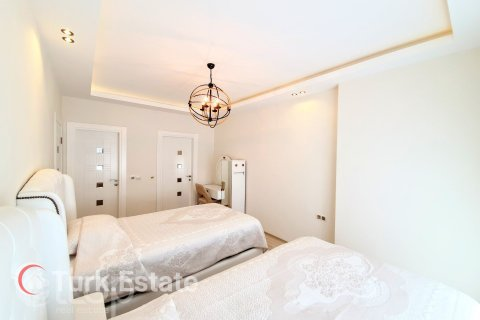 3+1 Apartment in Mahmutlar, Turkey No. 368 - 38
