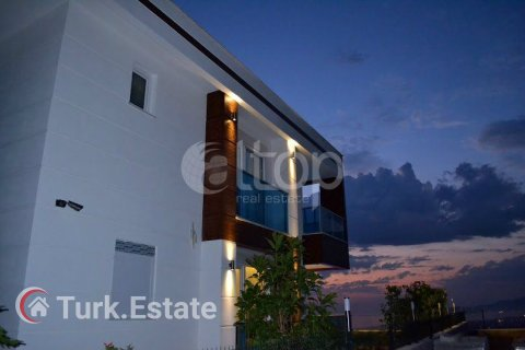 Apartment for sale in Alanya, Antalya, Turkey, 4 bedrooms, 240m2, No. 1056 – photo 13