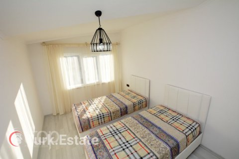 2+1 Apartment in Alanya, Turkey No. 379 - 11