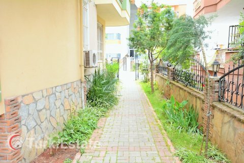 2+1 Apartment in Alanya, Turkey No. 677 - 4