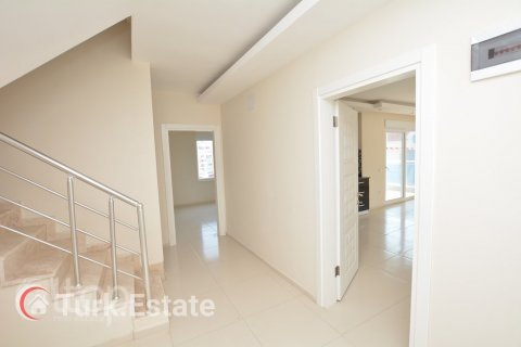 5+1 Penthouse in Alanya, Turkey No. 499 - 12
