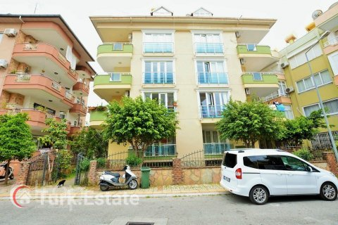 2+1 Apartment in Alanya, Turkey No. 677 - 3