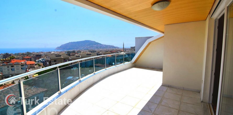 5+1 Penthouse in Alanya, Turkey No. 643