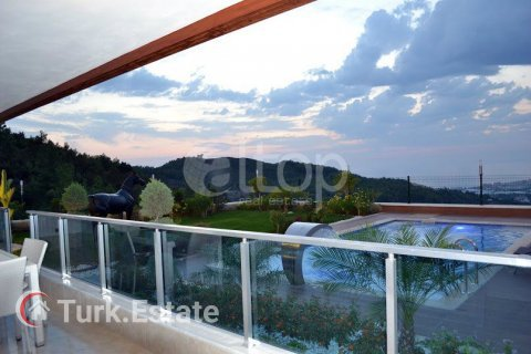 Apartment for sale in Alanya, Antalya, Turkey, 4 bedrooms, 240m2, No. 1056 – photo 17