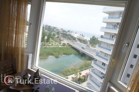 2+1 Apartment in Alanya, Turkey No. 568 - 14
