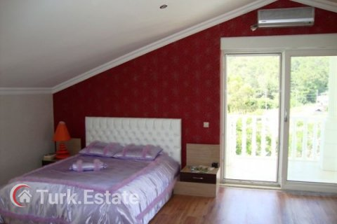 5+1 Villa in Kemer, Turkey No. 1173 - 23
