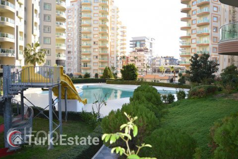 2+1 Apartment in Mahmutlar, Turkey No. 174 - 2