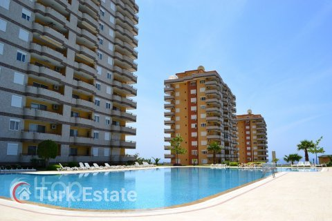 2+1 Apartment in Mahmutlar, Turkey No. 636 - 4