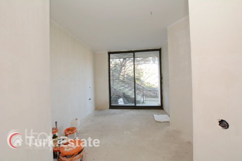 3+1 Apartment in Alanya, Turkey No. 730 - 34