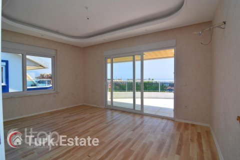 5+1 Penthouse in Alanya, Turkey No. 643 - 34
