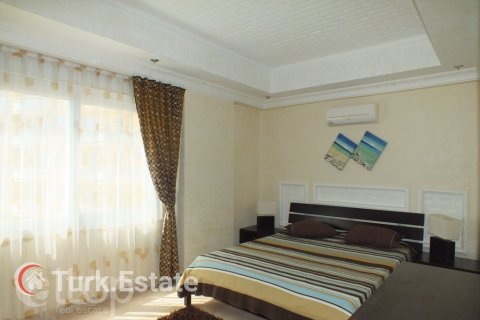 2+1 Apartment in Avsallar, Turkey No. 670 - 17