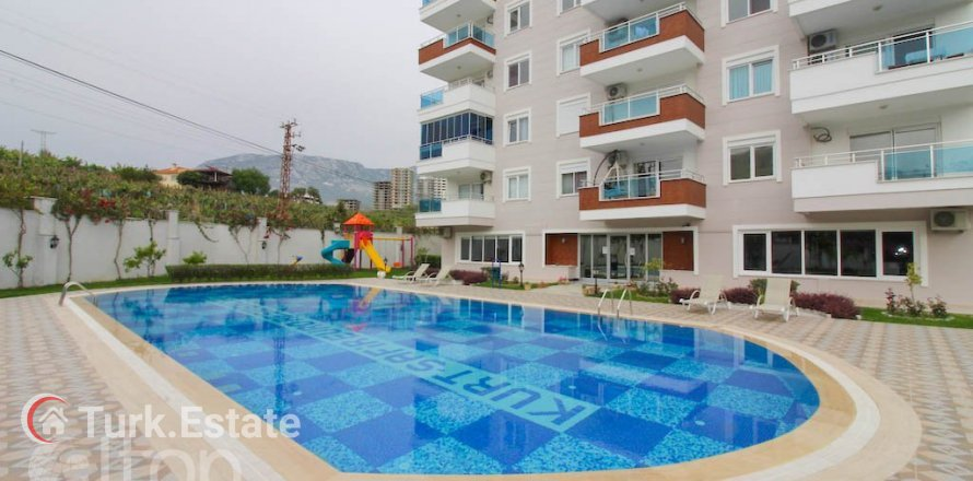 1+1 Apartment in Mahmutlar, Turkey No. 770
