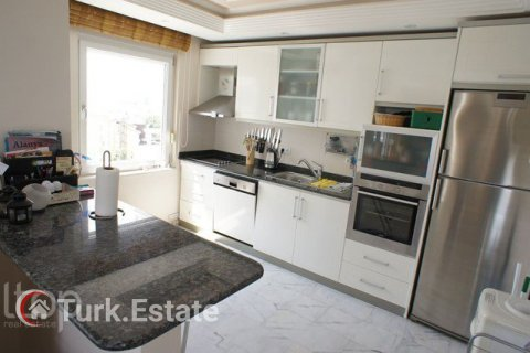 2+1 Apartment in Alanya, Turkey No. 568 - 13