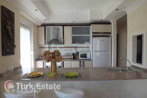 2+1 Apartment in Avsallar, Turkey No. 670 - 11