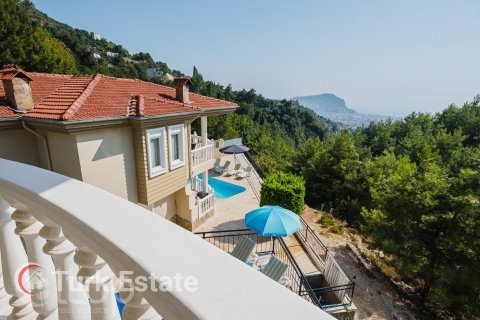 3+1 Villa in Alanya, Turkey No. 537 - 36