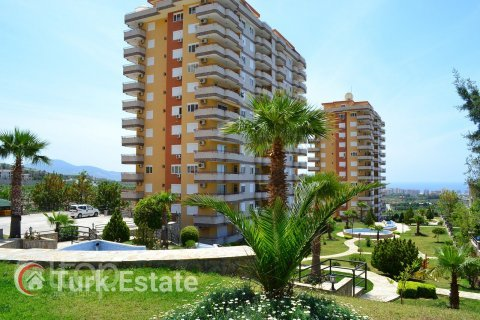 2+1 Apartment in Mahmutlar, Turkey No. 636 - 3