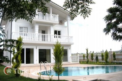 5+1 Villa in Kemer, Turkey No. 1173 - 1