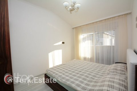 2+1 Apartment in Alanya, Turkey No. 379 - 9