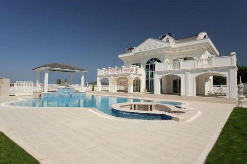 4+1 Villa in Fethiye, Turkey No. 2593 - 2