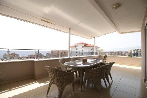 4+1 Penthouse in Mahmutlar, Turkey No. 2869 - 1