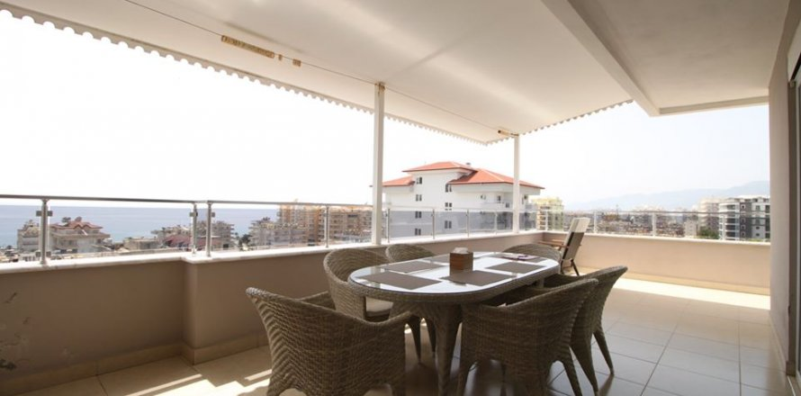 4+1 Penthouse in Mahmutlar, Turkey No. 2869