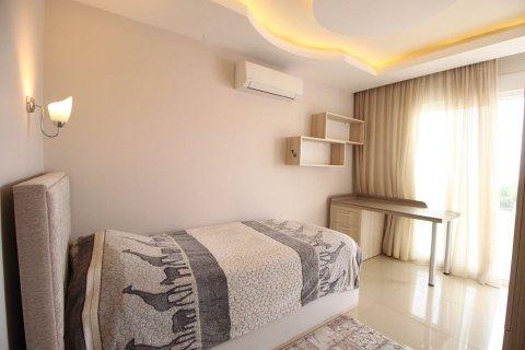 4+1 Penthouse in Mahmutlar, Turkey No. 2869 - 8