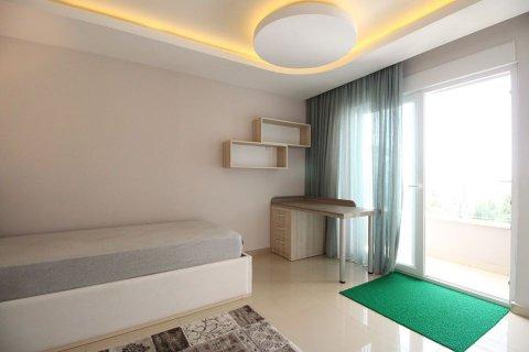 4+1 Penthouse in Mahmutlar, Turkey No. 2869 - 11