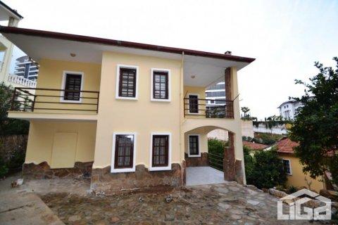3+1 Villa in Alanya, Turkey No. 4145 - 1
