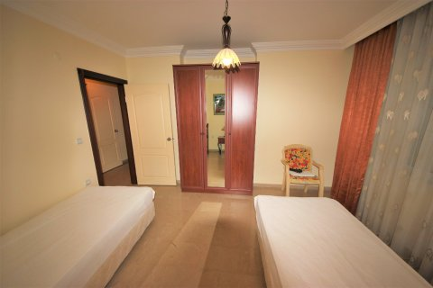 3+1 Apartment in Mahmutlar, Turkey No. 4432 - 5