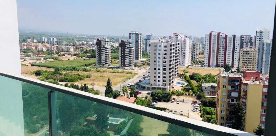 2+1 Apartment in Mersin, Turkey No. 6446