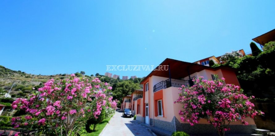 2+1 Villa in Alanya, Turkey No. 9693