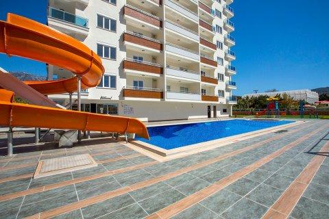 1+1 Apartment in Mahmutlar, Turkey No. 13364 - 1