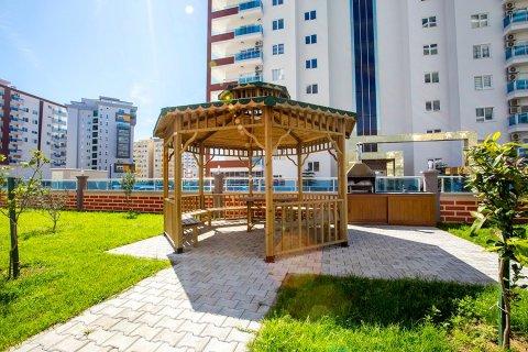 1+1 Apartment in Mahmutlar, Turkey No. 13364 - 7