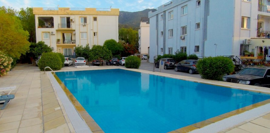 2+1 Apartment in Alsancak, Girne, Northern Cyprus No. 16036