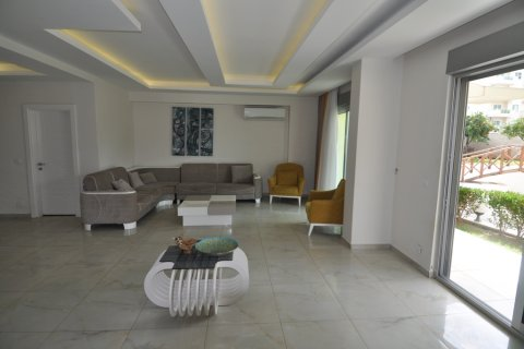 Продажа квартиры в Кестеле, Анталья, Турция 2+1, 130м2, №1989 – фото 9